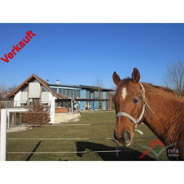 Pferdeimmobilie und Wohlfühloase der Extraklasse