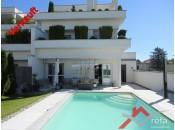 Exklusive Wohnung mit Pool
